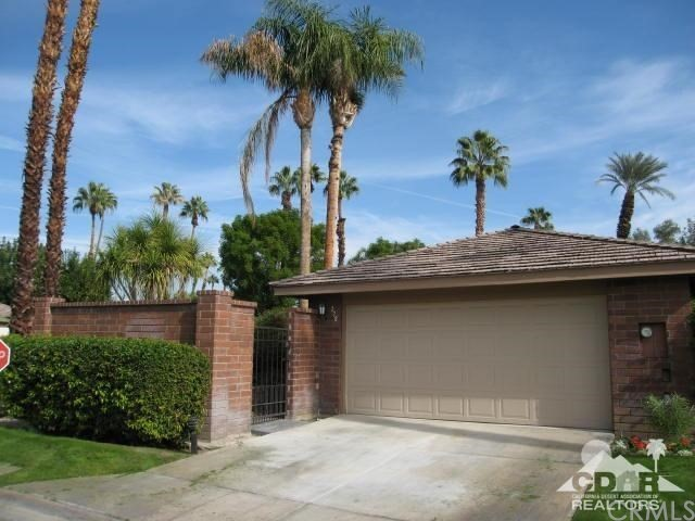 Photo of home for sale at 278 San Vicente Circle, Palm Desert CA