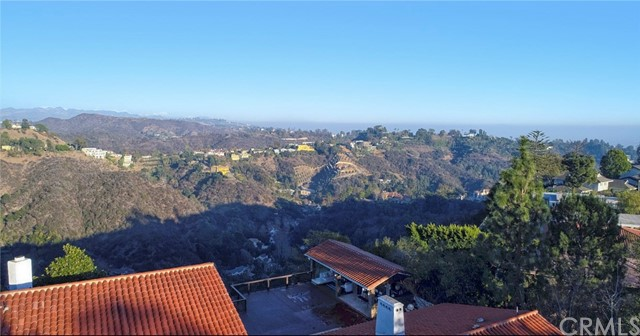 1410 Stradella Rd, Los Angeles, CA 90077 Photo 10