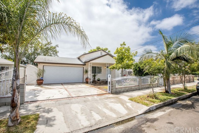 1113 Emery Place, Wilmington, California 90744, 3 Bedrooms Bedrooms, ,2 BathroomsBathrooms,Single family residence,For Sale,Emery,OC19149612