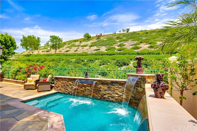 Single Family Home for Sale at 24 Glen Echo Rancho Santa Margarita, California 92679 United States