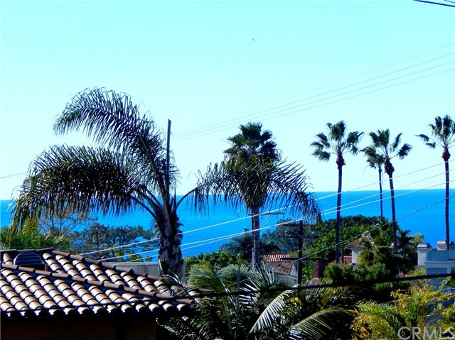 Single Family Home for Sale at 26952 Calle Verano St Dana Point, California 92624 United States