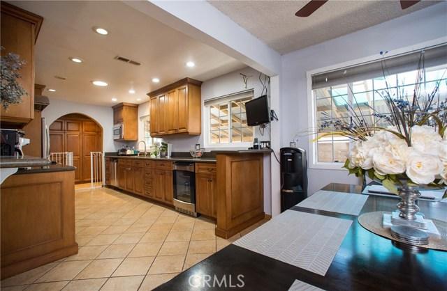 11604 Kibbee Avenue, Whittier CA: http://media.crmls.org/medias/19e88fe1-743f-4c03-bb78-21301f324c05.jpg