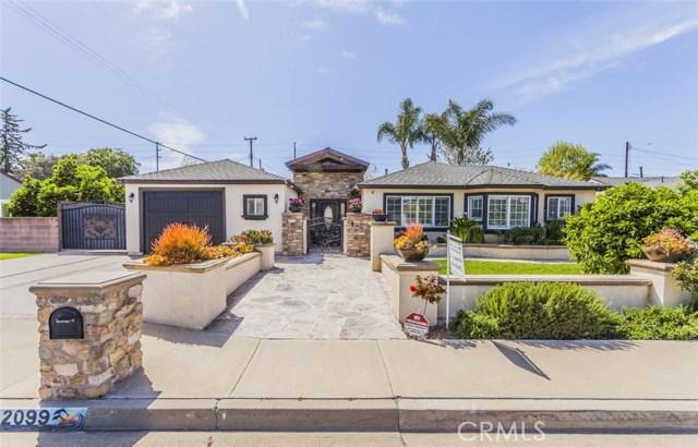 2099 Continental Avenue, Costa Mesa CA: http://media.crmls.org/medias/19eb01b6-4934-4ba5-b493-93762a7912af.jpg