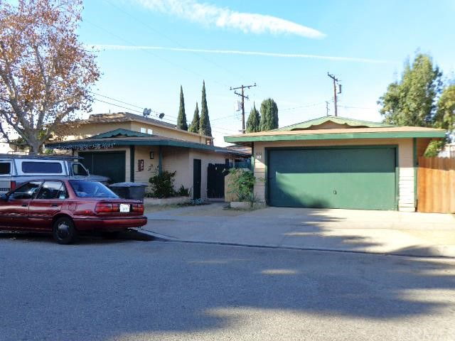 452 N Oak Street Orange, CA 92867 is listed for sale as MLS Listing PW16001496