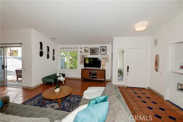1723 Woodbine Place, Oceanside CA: http://media.crmls.org/medias/19f65245-85bf-483d-a3dc-ba33ce3af2bf.jpg
