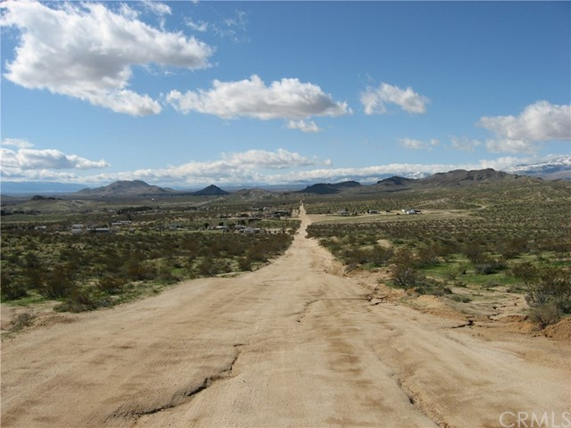 0 mojave Tropico Rd, Mojave CA: http://media.crmls.org/medias/19fa3150-a547-4541-991a-5d2d01271657.jpg