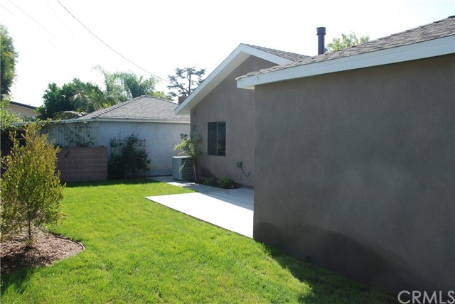 5223 E Brockwood Street, Long Beach CA: http://media.crmls.org/medias/19fb4f26-9012-4a9d-b5d0-3a6c904ad6d6.jpg