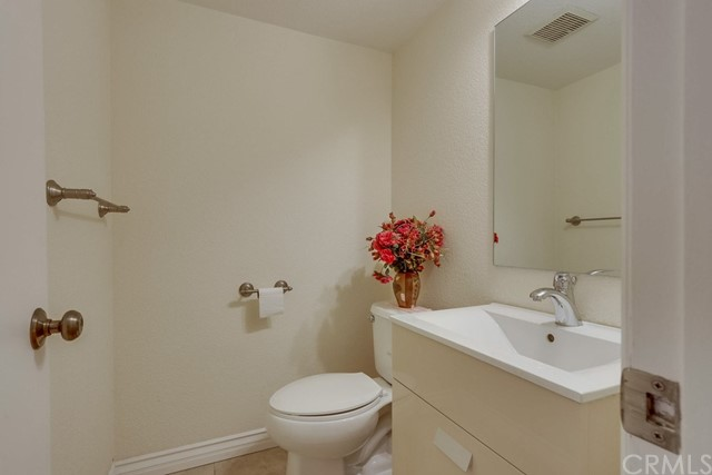 3311 W Lincoln Av, Anaheim, CA 92801 Photo 12
