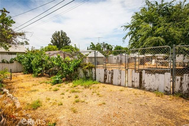 1025 BEAUMONT Avenue, Beaumont CA: http://media.crmls.org/medias/1a01aac5-fa2e-4393-add8-e8c1f718255d.jpg