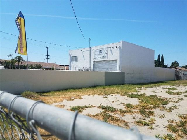 7327 Santa Fe Avenue, Huntington Park CA: http://media.crmls.org/medias/1a030349-8154-40a4-828b-f795203d562f.jpg