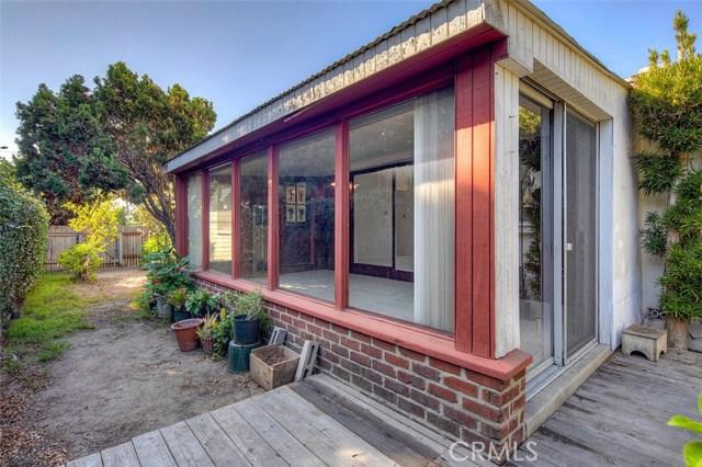 15404 S Saint Andrews Place, Gardena CA: http://media.crmls.org/medias/1a06ee78-5bba-4cda-9e00-16fdc25c3ec1.jpg