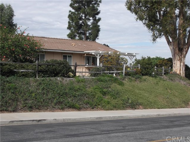3191 Via Buena, Orange, California 92637, 3 Bedrooms Bedrooms, ,2 BathroomsBathrooms,CONDO,For sale,Via Buena,OC15234838