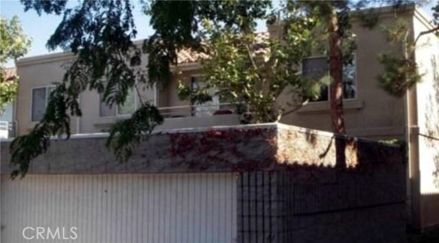 2813 W Avenue K12, Lancaster CA: http://media.crmls.org/medias/1a10126f-d5bf-4777-8024-031b7acae195.jpg