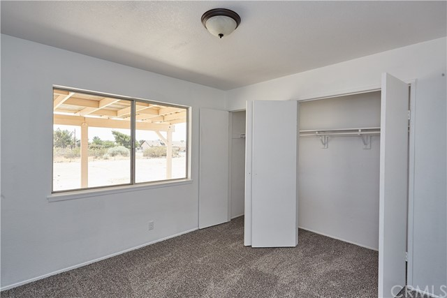 11505 Maple Avenue Hesperia, CA 92345 - MLS #: CV18191059