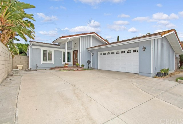 24956 Wells Fargo Drive, Laguna Hills, CA 92653
