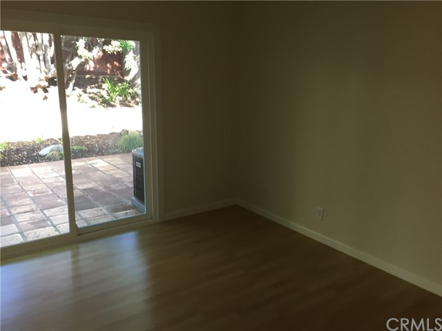 24 Osoberry Street, Rancho Santa Margarita CA: http://media.crmls.org/medias/1a1cedc8-978a-4bd1-88bb-02ff35a29966.jpg