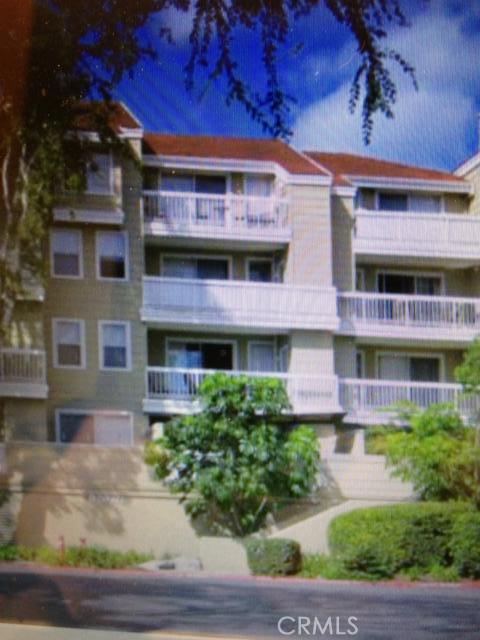 20331 Bluffside Circle Unit 206 Huntington Beach, CA 92646 - MLS #: OC18121107