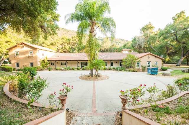 Photo of 48320 De Luz Road, Temecula, CA 92590