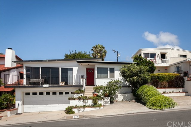 231 Santa Ana Avenue Newport Beach, CA 92663 is listed for sale as MLS Listing NP18118883