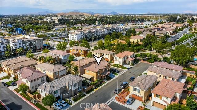 10961 Periwinkle Way, Riverside CA: http://media.crmls.org/medias/1a3cad26-a422-4d2d-ba78-188c793d421e.jpg