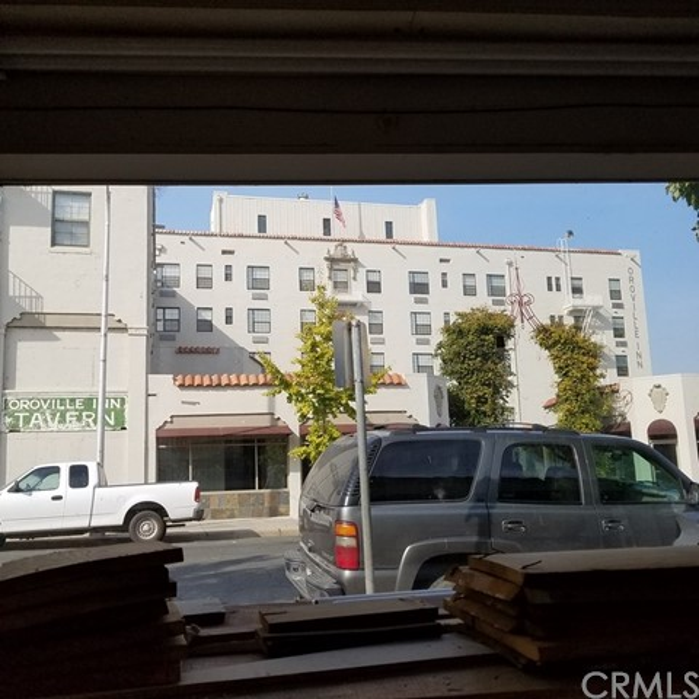 2055 Bird Street, Oroville CA: http://media.crmls.org/medias/1a490e17-5a73-44b3-a1fb-cffd5c2277fc.jpg