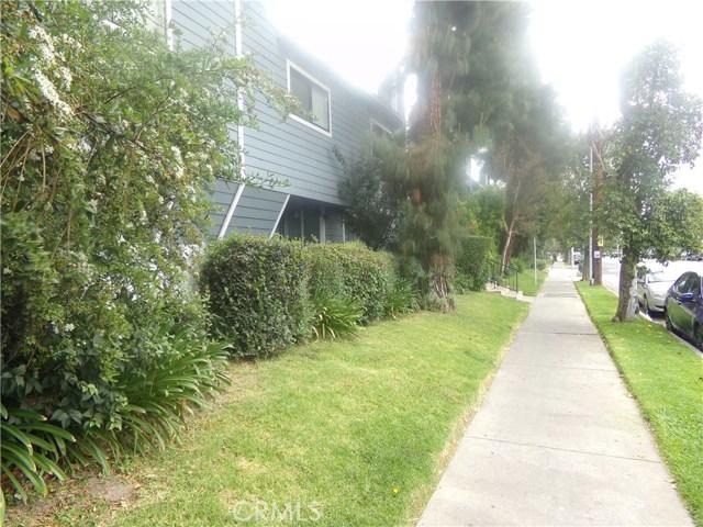 15113 Saticoy Street, Van Nuys CA: http://media.crmls.org/medias/1a5f449c-1341-4a1f-9fcd-9ce872fdc99e.jpg
