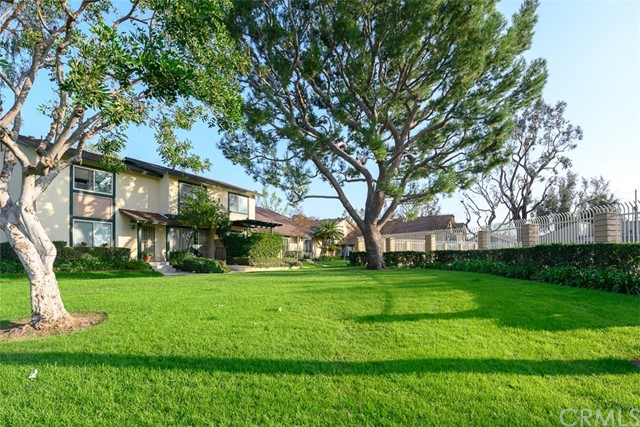 1723 N Willow Woods Dr, Anaheim, CA 92807 Photo 3