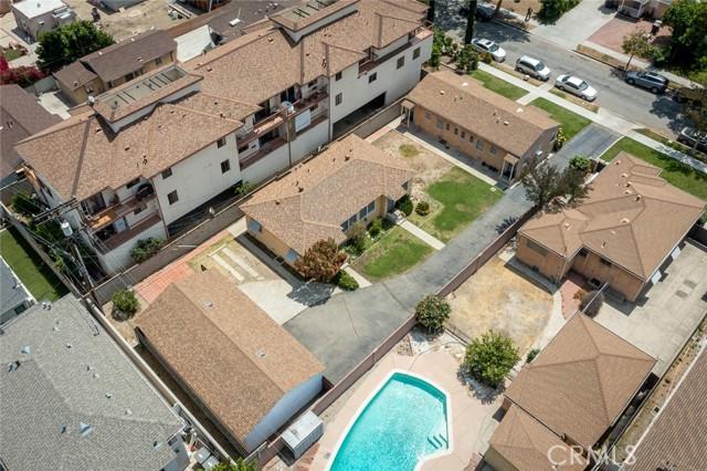 417 Irving Avenue, Glendale CA: http://media.crmls.org/medias/1a82c99d-f443-4d45-8729-adbc74b6c83c.jpg