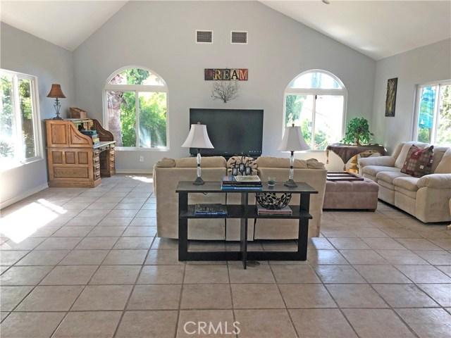 2468 Highland Road, Upland CA: http://media.crmls.org/medias/1a890d07-a1e3-40f3-96bf-f1c5586b9e3b.jpg