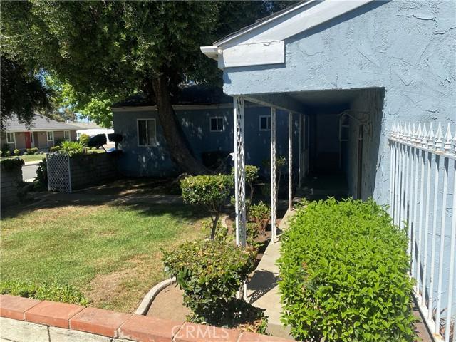 1015 Witherill Street, San Dimas CA: http://media.crmls.org/medias/1a94e240-dc1d-482d-8e7c-e9e40051fb4f.jpg