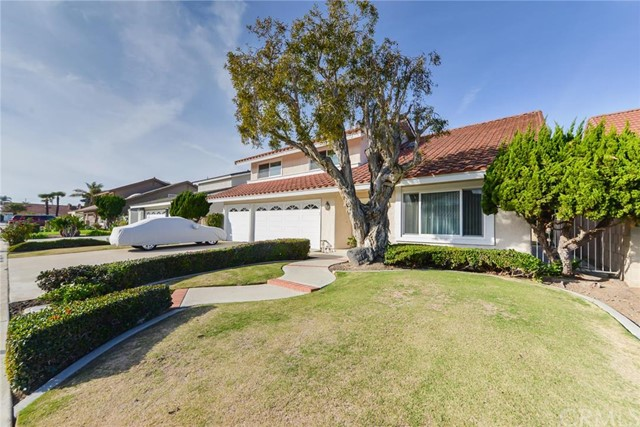 Single Family Home for Sale at 9203 Hays River St Fountain Valley, California 92708 United States
