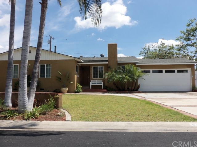 Single Family Home for Sale at 9732 Dakota St Garden Grove, California 92844 United States