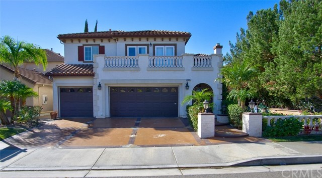 Single Family Home for Rent at 2516 Skytop Court N Orange, California 92867 United States