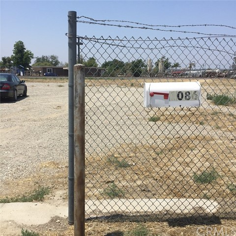 Single Family for Sale at 1086 Lincoln Avenue S San Bernardino, California 92408 United States