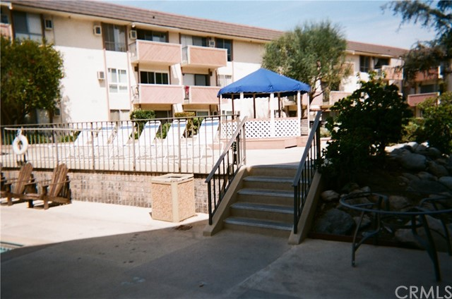 5585 E Pacific Coast Hy, Long Beach, CA 90804 Photo 2