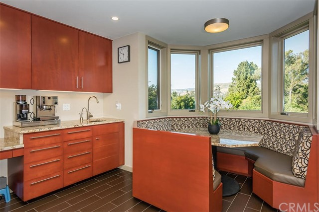 Additional photo for property listing at 548 Hill Street 548 Hill Street San Luis Obispo, California,93405 Hoa Kỳ