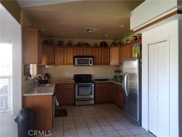 509 GRANITE, Lake Elsinore CA: http://media.crmls.org/medias/1acae3ac-faf5-4451-8e34-2c7775e5cc54.jpg