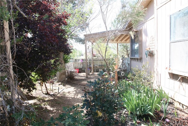 40725 Brook Trails Way, Aguanga CA: http://media.crmls.org/medias/1ad02279-0958-4779-99ba-be0d42643ebc.jpg