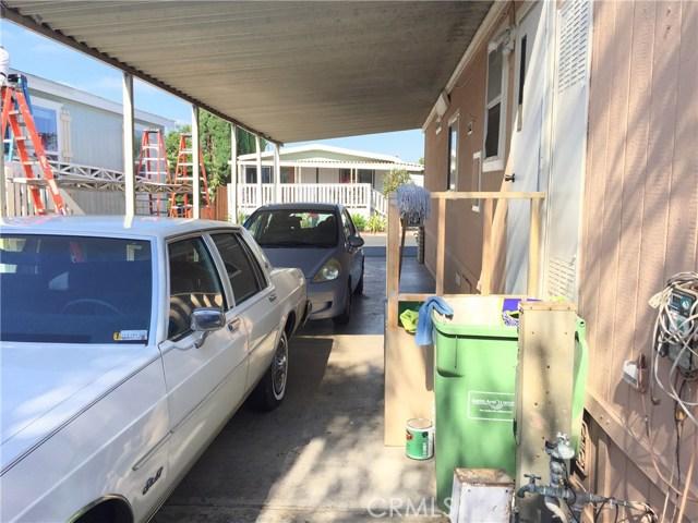 4080 W 1st Street, Santa Ana CA: http://media.crmls.org/medias/1ad22ee1-a709-4dd4-9bd5-7bb3031138f2.jpg