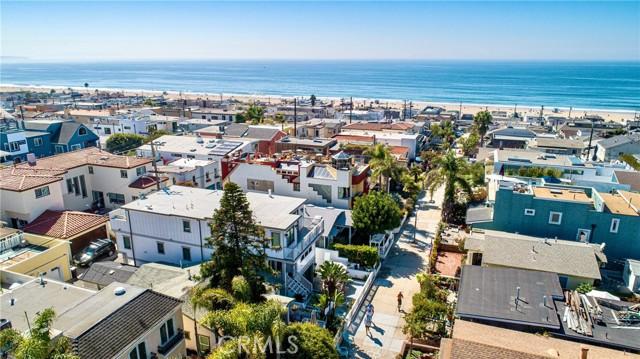 322 31st, Hermosa Beach CA: http://media.crmls.org/medias/1af54d51-95bd-4360-9ae5-16a108e83e98.jpg