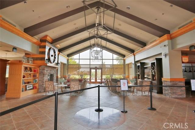 11457 Mint Street, Apple Valley CA: http://media.crmls.org/medias/1b018089-c344-440a-9d29-90344f1f2969.jpg