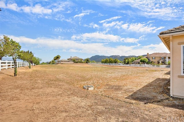 25684 Long Acres Way Murrieta, CA 92562 - MLS #: CV18127736