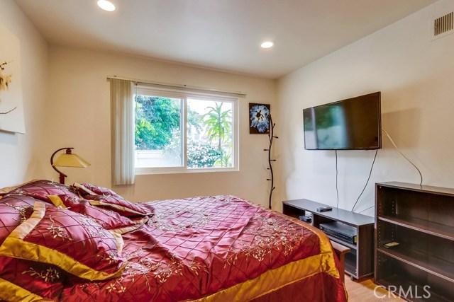 14 Wintersweet Way, Irvine CA: http://media.crmls.org/medias/1b35404d-6272-46d9-a3bb-ddd72b5c183e.jpg