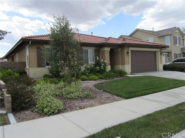 28419 Bayshore Lane Menifee, CA 92585 is listed for sale as MLS Listing IG16095879