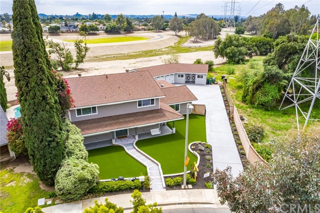 1730 La Mesa Oaks Drive, San Dimas CA: http://media.crmls.org/medias/1b3d2d56-330f-4afd-82f5-f3725c7bfbd8.jpg