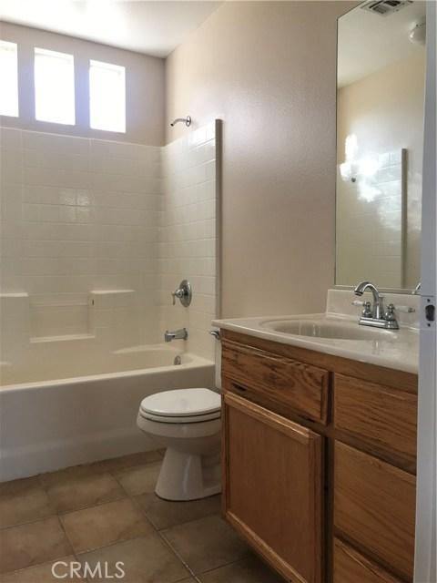 57250 Jarana Court, Yucca Valley CA: http://media.crmls.org/medias/1b5752ea-79d8-44cb-984a-1b987f2175b8.jpg