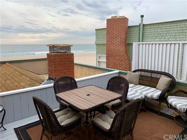 3411 The Strand, Hermosa Beach, CA 90254 photo 2