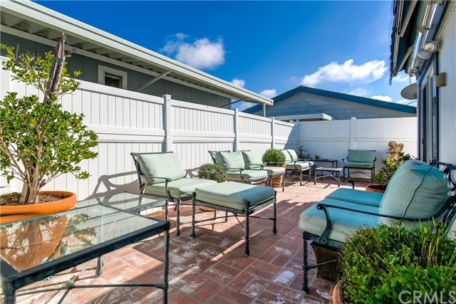 279 Cambridge Way, Newport Beach CA: http://media.crmls.org/medias/1b633215-036f-4b58-9e53-a0815a3b2d70.jpg