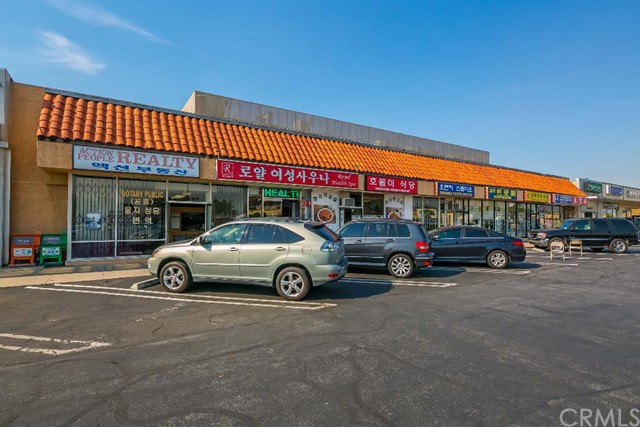 Retail for Sale at 9838 Garden Grove St Garden Grove, California 92844 United States