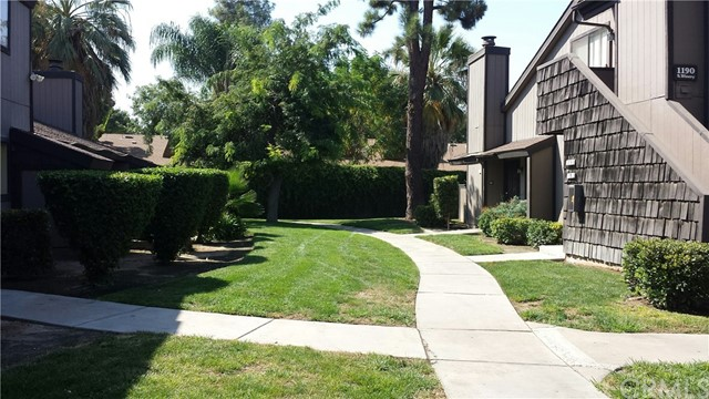 1190 S Winery Avenue Unit 176 Fresno, CA 93727 - MLS #: MD17209766